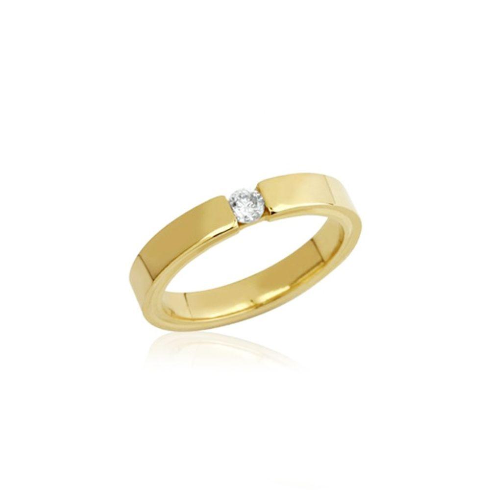 Aliança de ouro 18k, modelo reto com conforto anatômico, 3 mm de largura e diamante de 12 pontos.