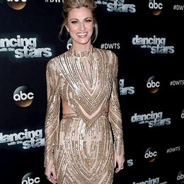 2014-Erin-Andrews_980981-980979_Dancing-with-the-Stars-01