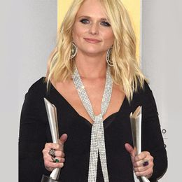 2015-Miranda-Lambert_anel-Jazz_Academy-of-Country-Music-Awards